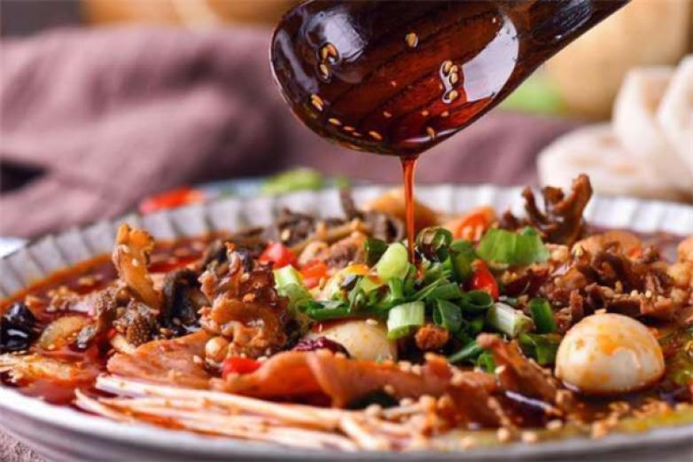 榮城傳奇砂鍋冒菜加盟